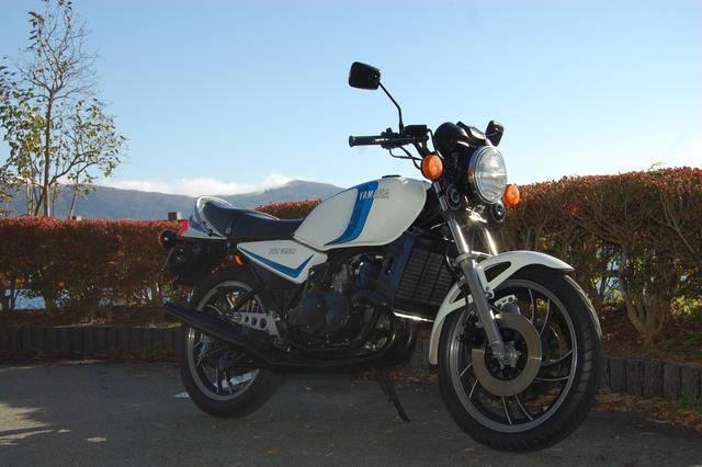 バイク インプレッション、口コミ、レビュー: ヤマハ RZ350 - バイクヤード